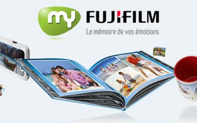 MyFujifilm communique son offre promotionnelle de Noël sur des sacs à pain publicitaires