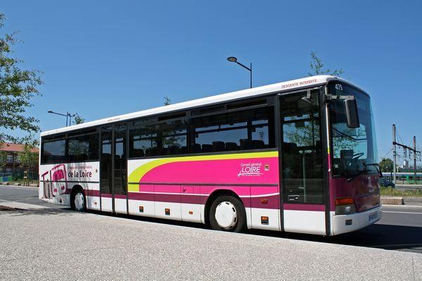 Pour le lancement de la ligne 302, Philibert Transport fait la promotion des TIL en sac à pain publicitaire