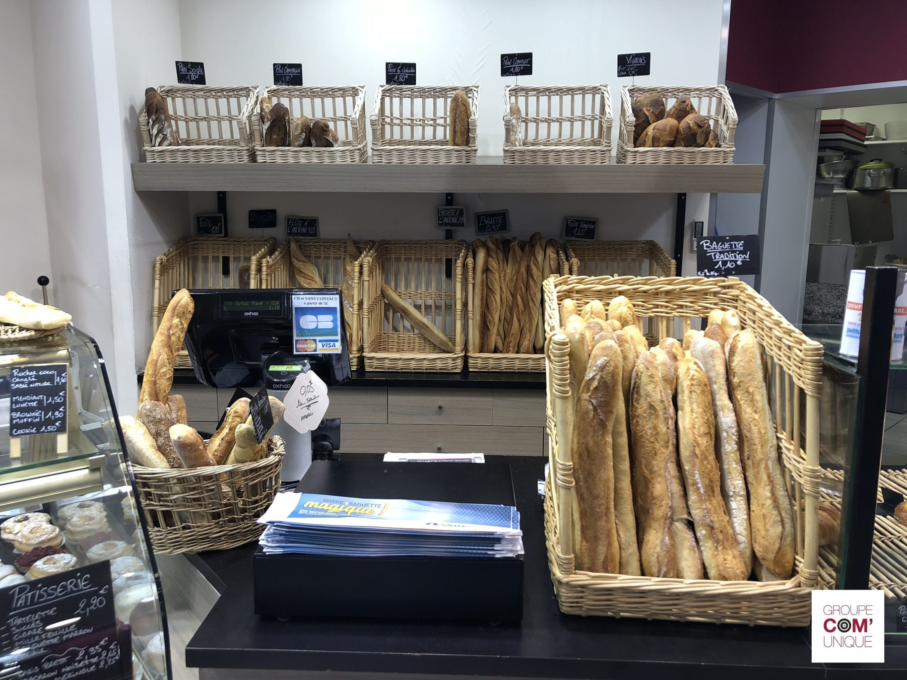 Campagne de sac à pain publicitaire pour Océane Fm diffusé dans les boulangeries - Groupe Com'Unique
