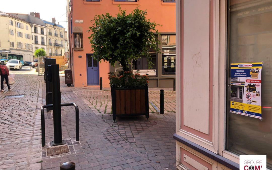 Promouvoir l'ouverture de la boutique Toolstation à Brives-Charensac grâce au réseau d'affichage