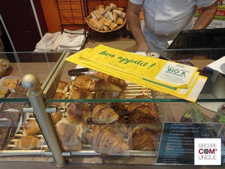 L'Eau Vive utilise les sacs à pain publicitaires pour promouvoir sa boutique à Echirolles et son programme fidélité